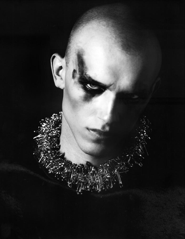 Adam, i-D magazine, photo : William Baker(2010).