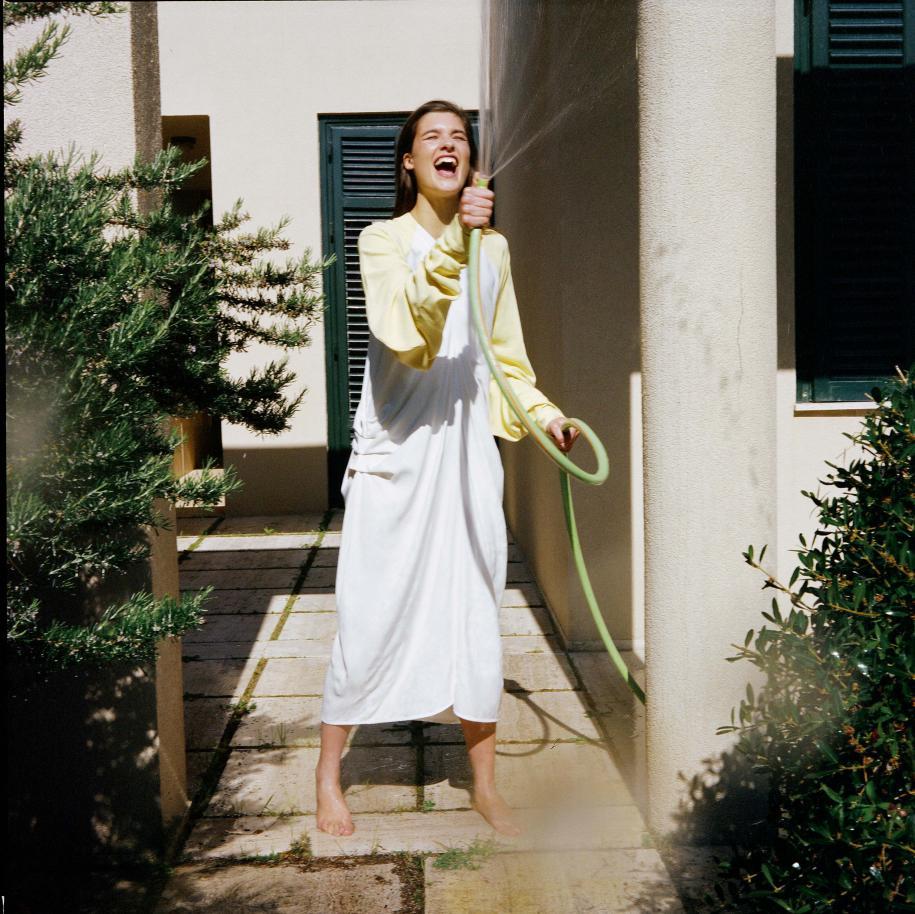 Robe longue en crêpe de soie bicolore, J.W.ANDERSON.