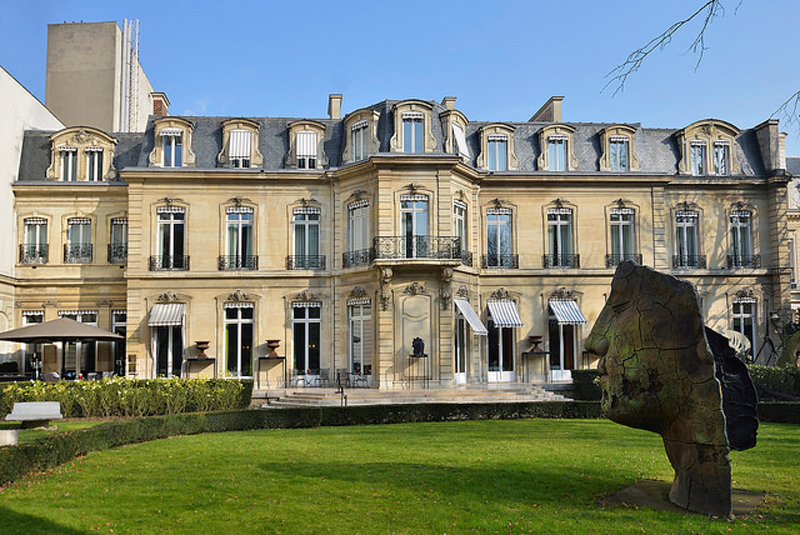 Le jardin du restaurant Apicius, 75008 Paris