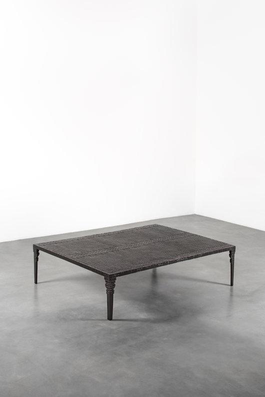 Table Basse Koumba(2016) d'Ingrid Donat. En édition limitée.