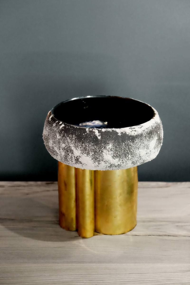 Sophie Dries' fascinating and primitive ceramics