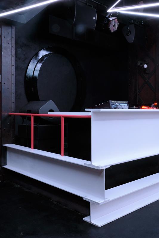 Badaboum DJ booth, Nicolas Dorval-Bory