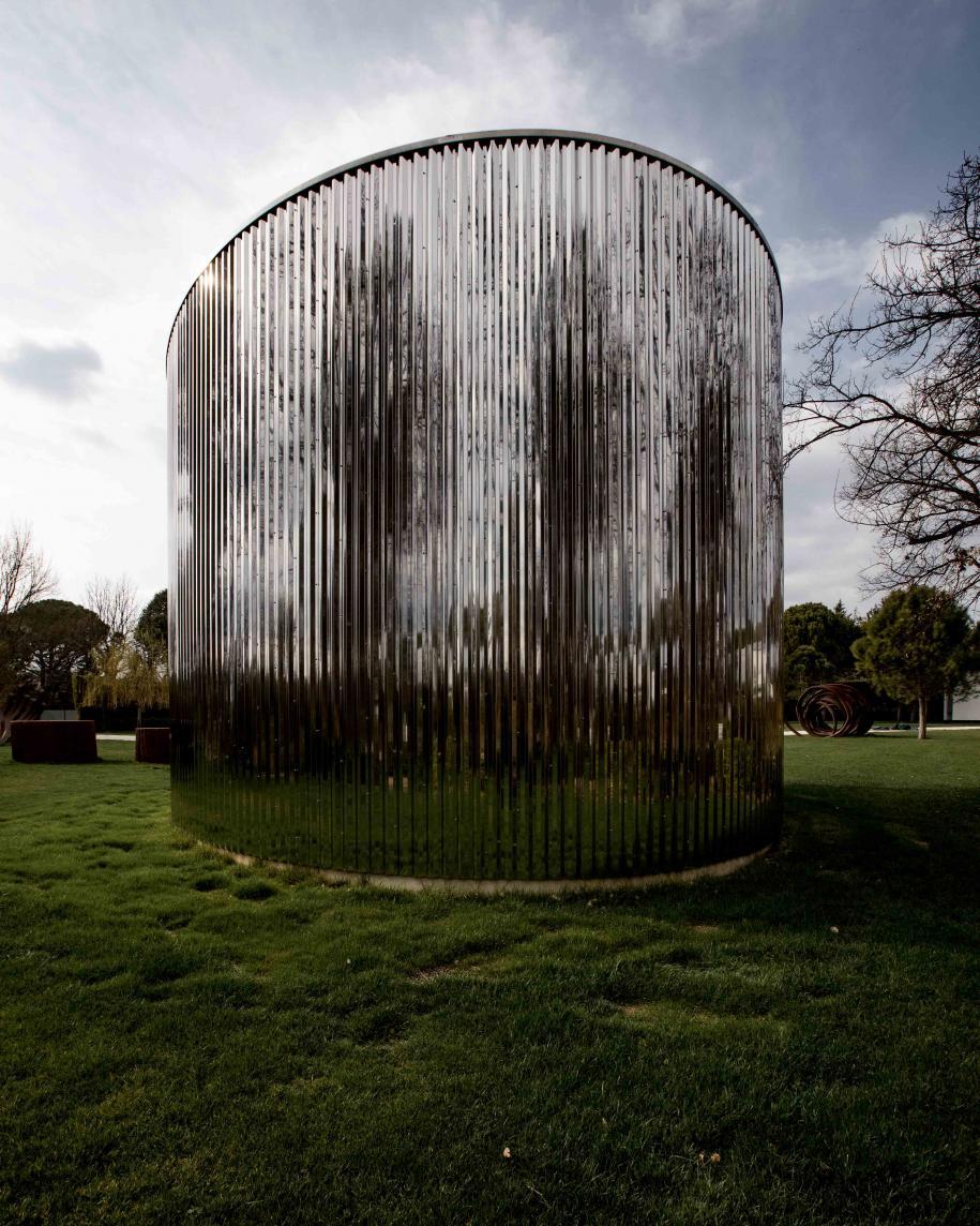 Elliptic, Ecliptic, de James Turrell, une œuvre pérenne de la Venet Foundation.