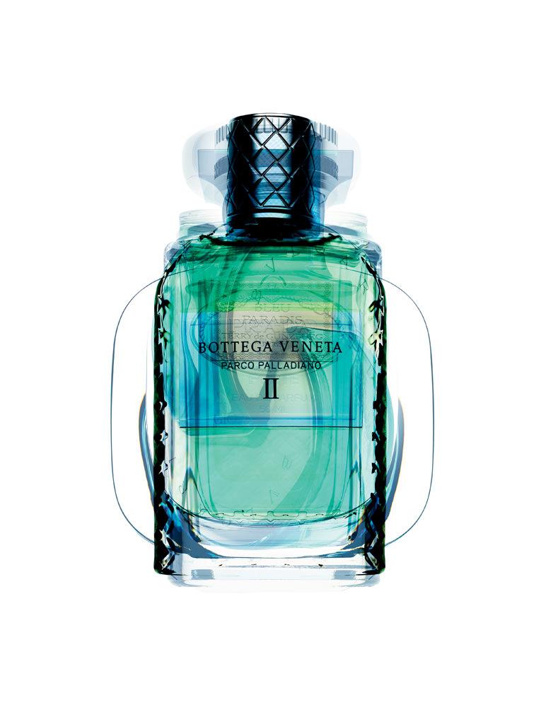 """""""II"""", collection Parco Palladiano, eau de parfum, BOTTEGA VENETA(disponible en juin)."""