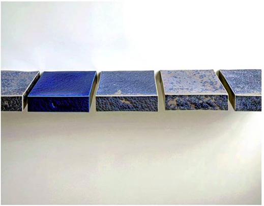 Les nouvelles cristallisations d'Emmanuel Boos sur le stand de Sèvres au PAD Paris 2018.