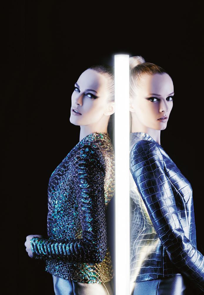 Numéro #131 Mars 2012. Mannequins : Aymeline Valade et Daria Strokous en Giorgio Armani Privé. Make up : Peter Philips. Hair : David Malllett.