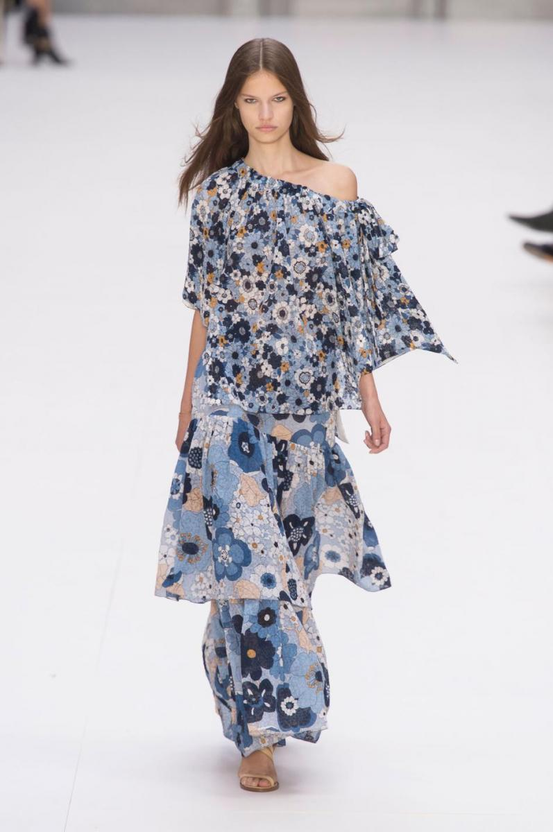 Chloé spring-summer 2017 runway show by Clare Waight Keller