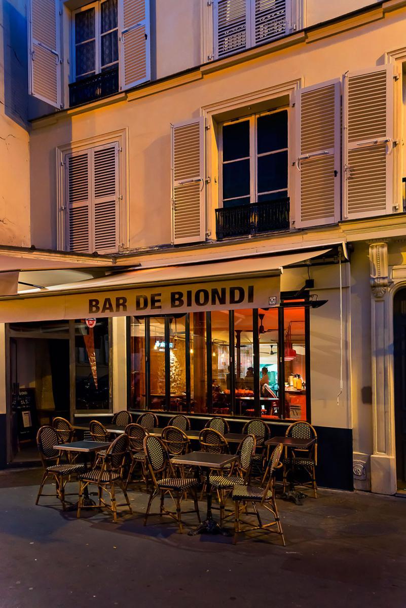 Bar de Biondi, bar argentin, 116, rue Amelot.
