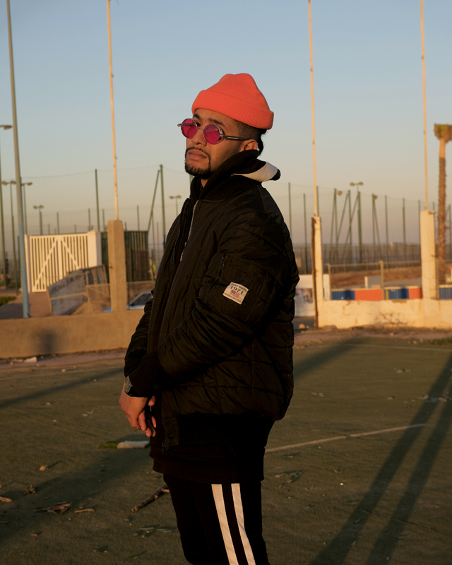 """Le rappeur Fell'G, de Casablanca, signe """"Mula"""" avec le rappeur grec Kareem Kalokoh sur l'album """"Safar""""."""