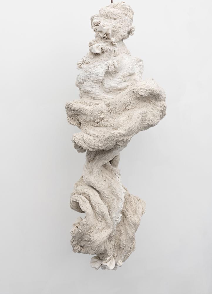 Spiral, (2018), toile cousue à la main, 160 x 50 cm.