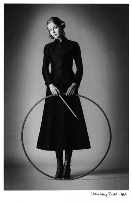 Barbara, par Jean-Loup Sieff, Paris, 1969. © Artcurial
