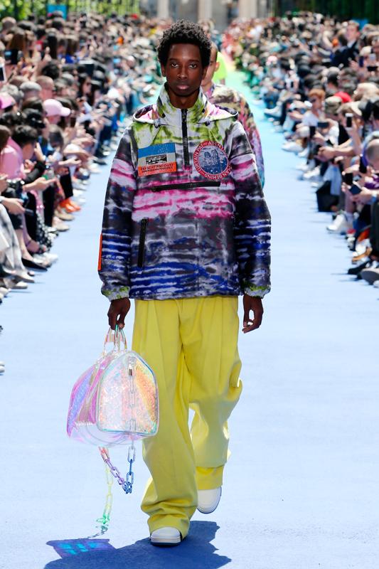 La première collection de Virgil Abloh pour Louis Vuitton printemps-été 2019, présentée dans les jardins du Palais Royal.