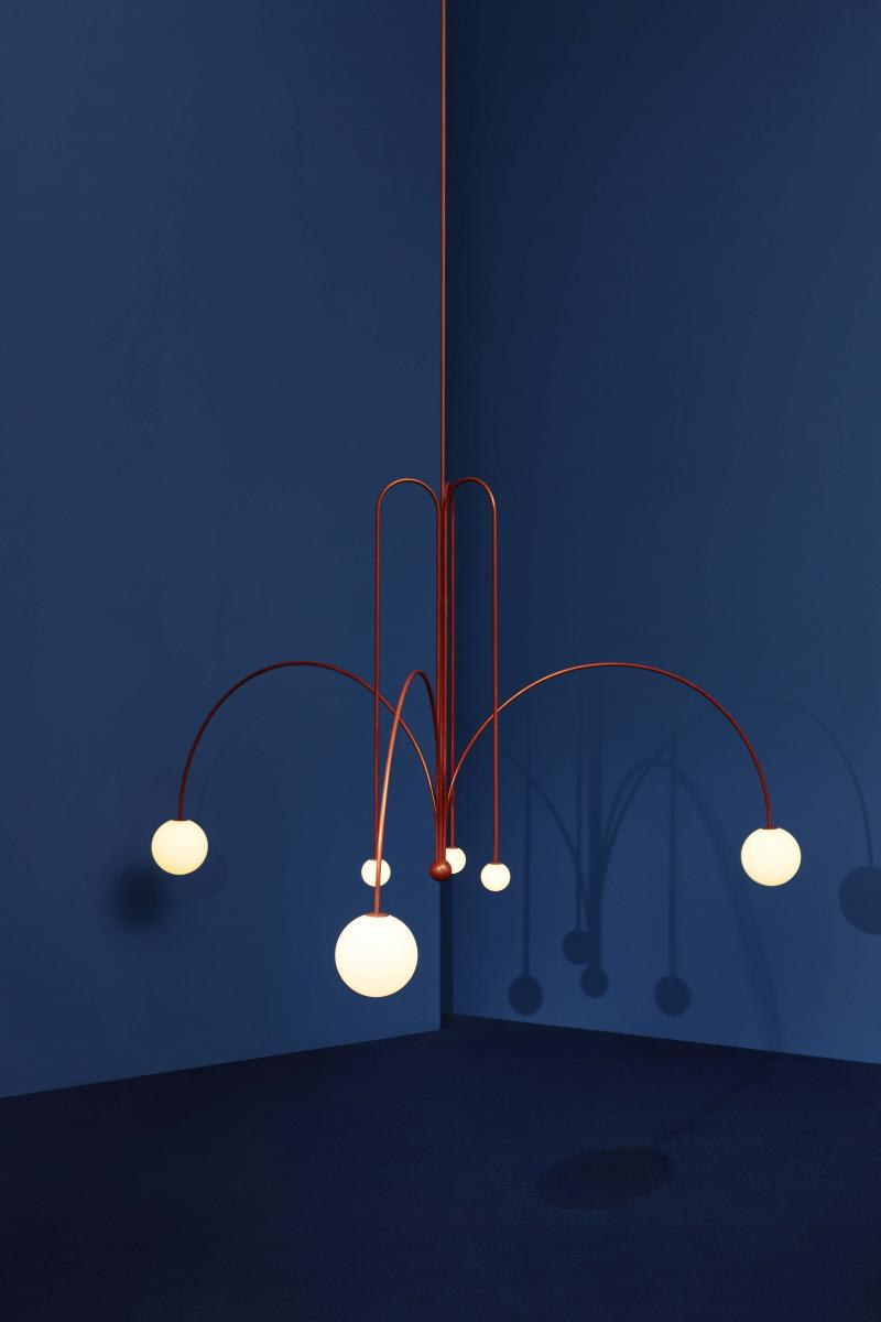 """Gran Finale"" ceiling lamp – Fontana Amorosa collection – by Michael Anastassiades UK, 2017 6 lights Nilufar limited edition of 45 examples + 2 APs CE certificate provided Red patina brass, mouth blown opaline spheres Black braided flex, inline dimmer diam 218 x h tot 187.8 cm 