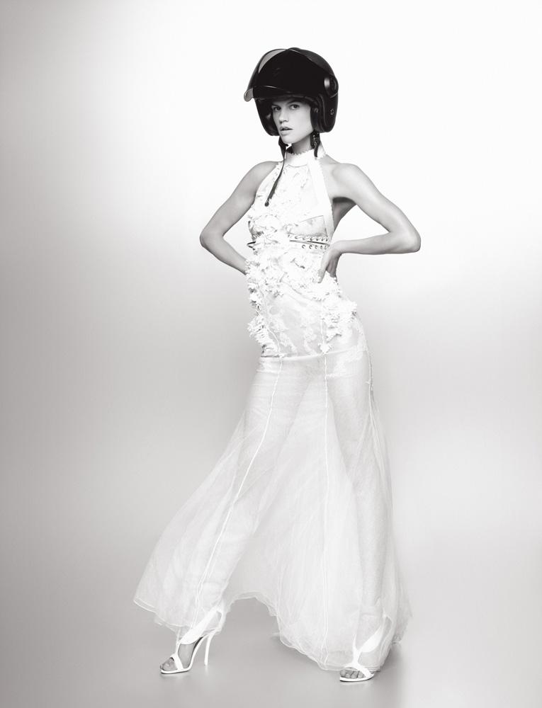 Numéro #126 Septembre2011. Mannequin : Saskia de Brauw en Givenchy Haute Couture par Riccardo Tisci. Make up : Peter Philips. Hair : Sam McKnight.