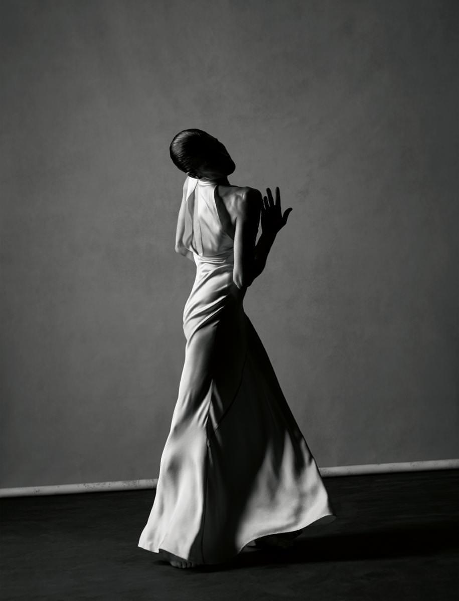 Robe du soir lingerie en satin de soie, SAINT LAURENT PAR HEDI SLIMANE.