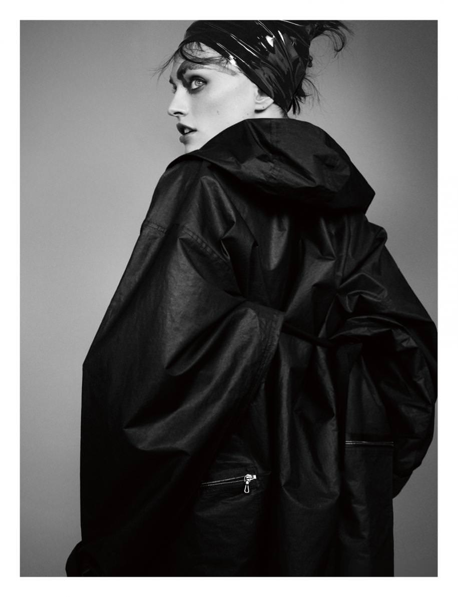 Manteau en organza de soie, LANVIN.