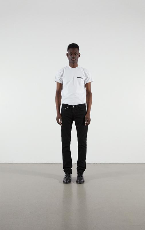 """Les nouveaux modèles de jeans de la collection """"Under Construction""""."""