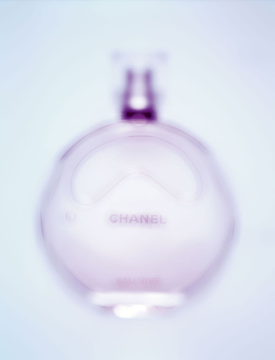 """Chance Eau Vive"", eau de parfum, CHANEL.     Realisation : Laurence Hovart.    From Numéro Héroines 172, available on iPad.     → Subscribe to the print edition of Numéro → Subscribe to the Numéro iPad app"