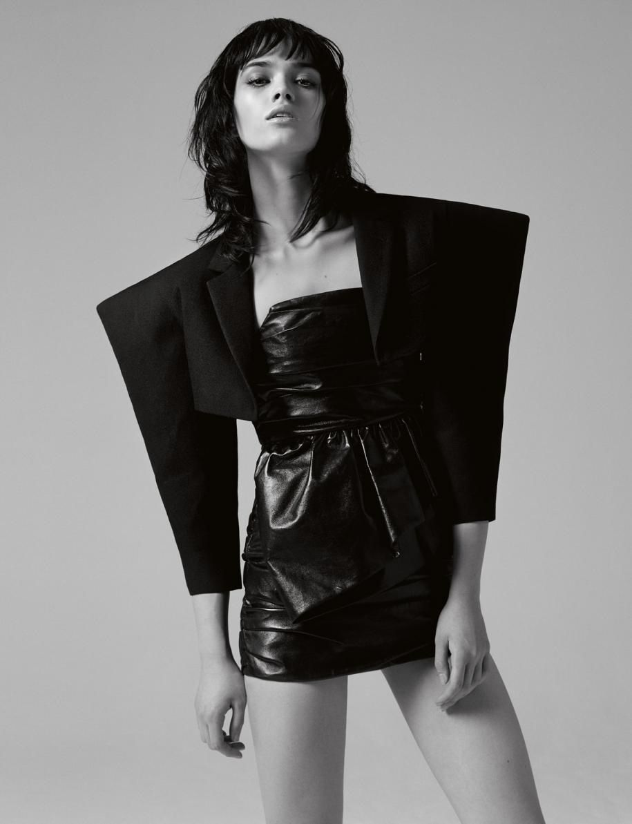 Veste courte en laine et gabardine, et robe bustier en cuir, CELINE PAR HEDI SLIMANE.