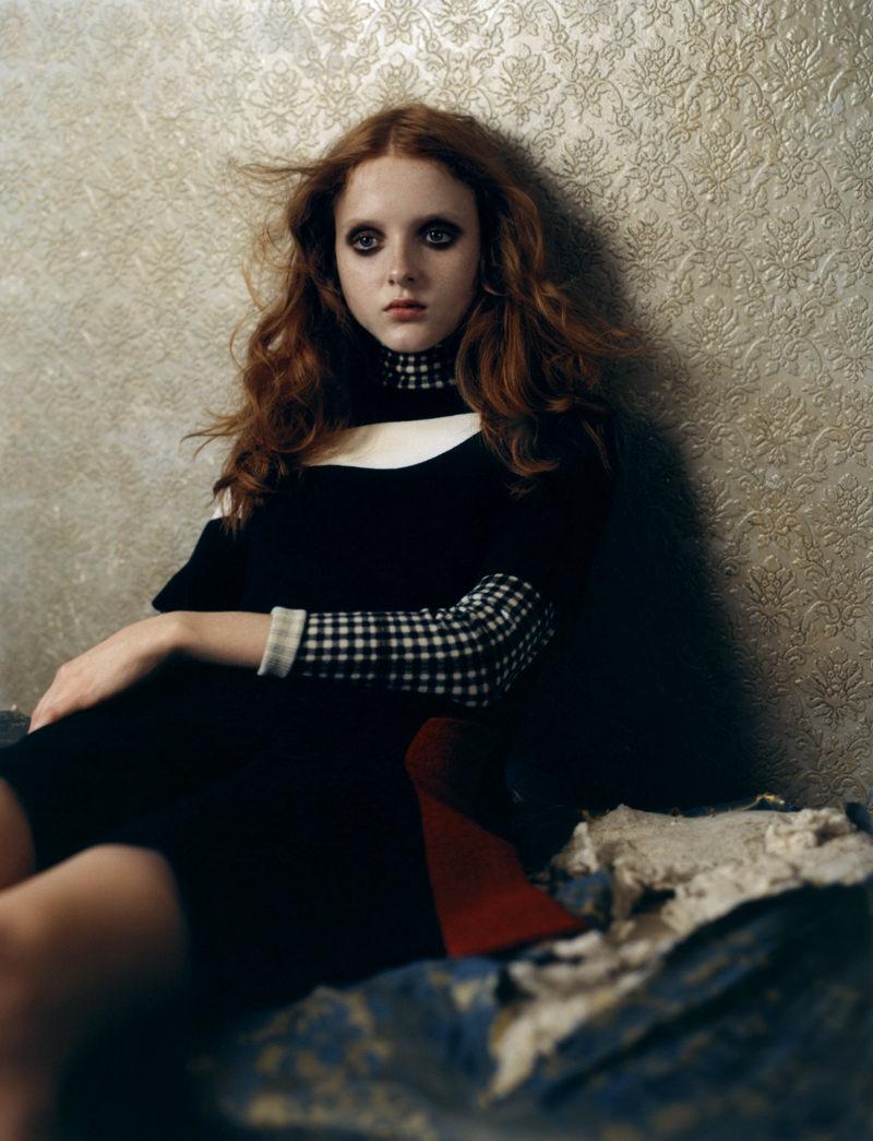 Whool dress, DIOR. Turtleneck pullover, MONCLER GAMME ROUGE.