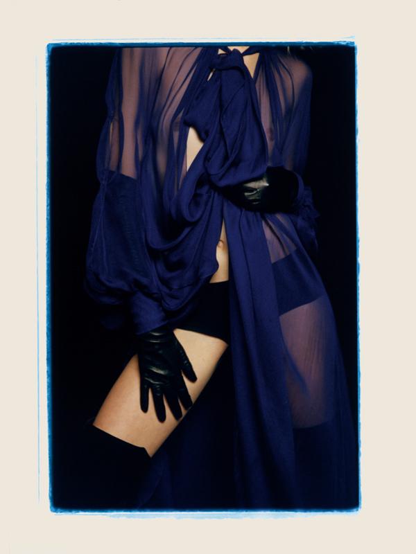 Dress, LANVIN. Culotte, INTIMISSIMI. Cuissardes, GIANVITO ROSSI. Gloves, AGNELLE.