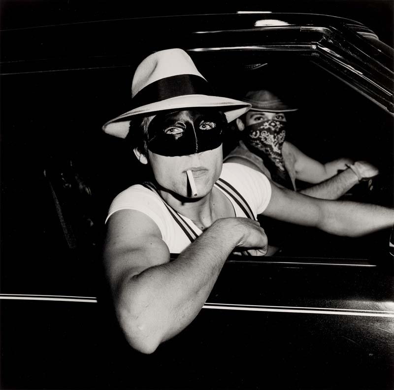 Boys in car,Halloween(1978).Tirage gélatino-argentique.