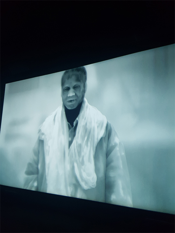 Un extrait de la vidéo deRichard Mosseprésentée à Art Basel Unlimited 2018.