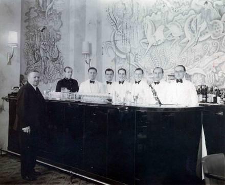 Un des bars de l'hôtel. Courtesy Ritz Paris.