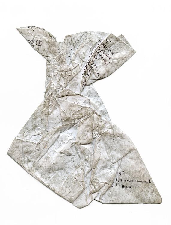 """La mannequin Saskia de Brauw publie avec """"Accidental Fold"""" un livre de photographies à la beauté fragile et fascinante"""