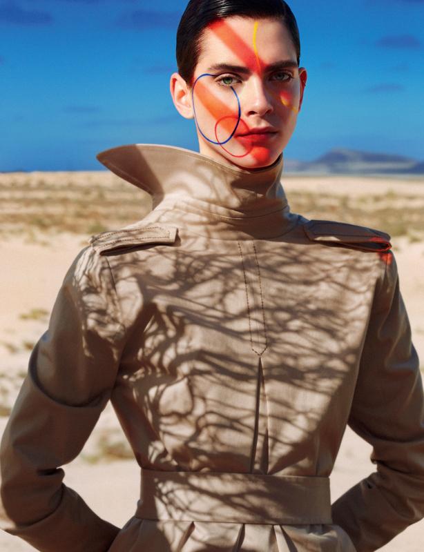 Gabardine trench-coat worn back to front, PINKO.