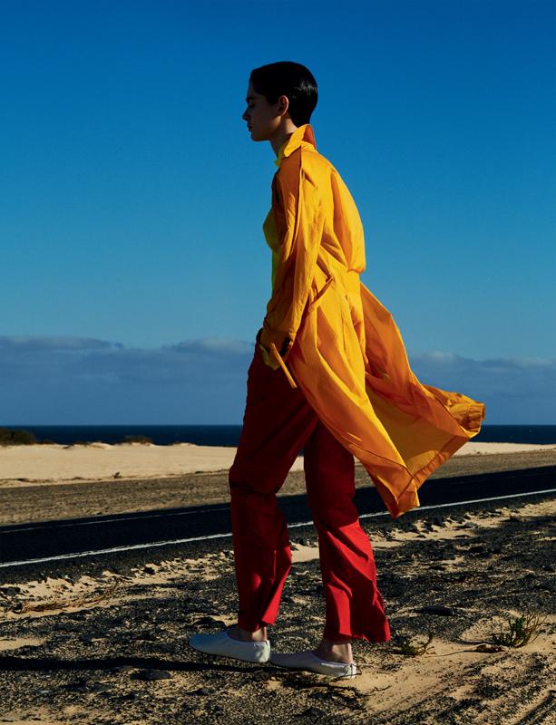 Trench-coat en Nylon et pantalon en coton, AALTO. Chaussures, MM6 – MAISON MARGIELA.