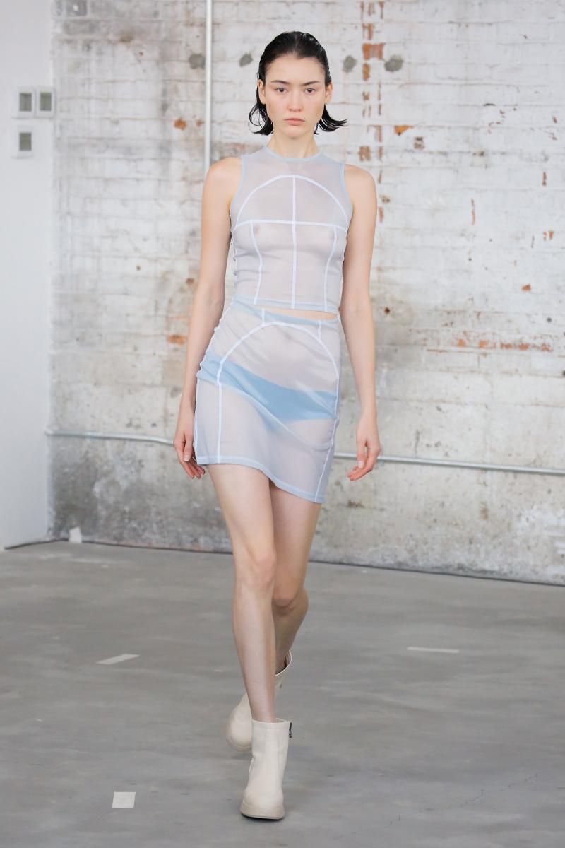La collection Eckhaus Latta printemps-été 2018 présenté à la fashion week de New York en septembre 2017