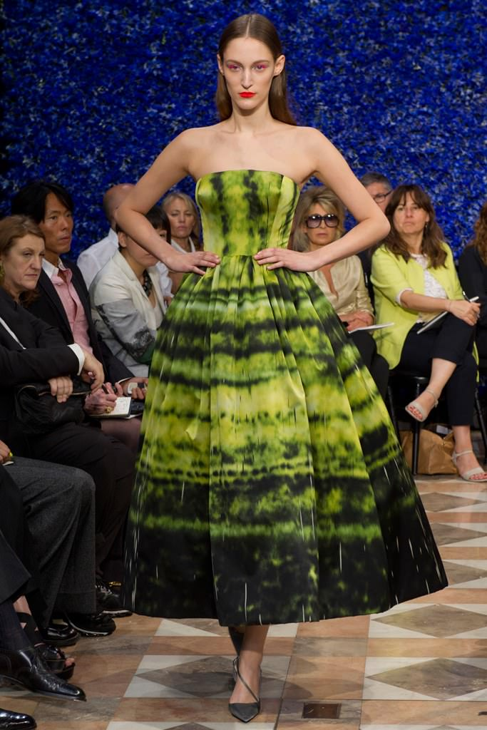 Défilé Raf Simons haute couture automne-hiver 2012-2013 inspiré du travail de l'artiste Sterling Ruby