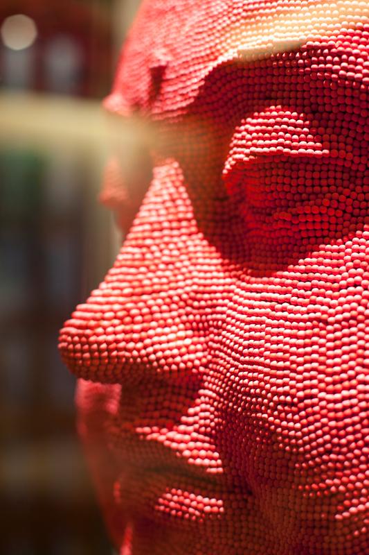 Tête de Bouddha, David Mach© Laurence Mouton