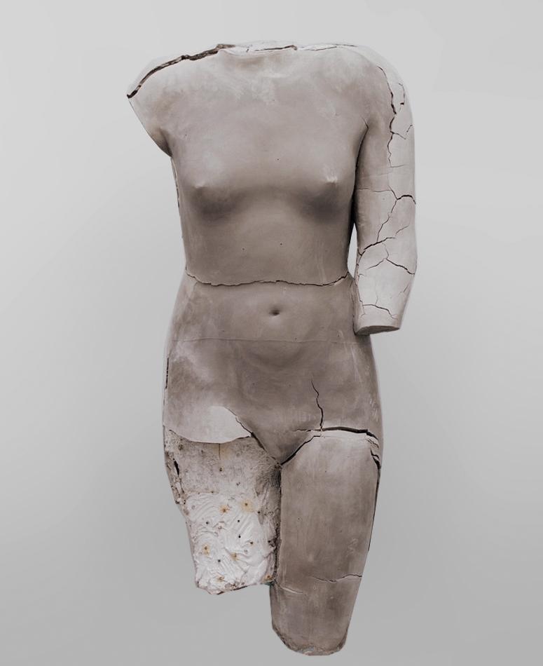 untitled (gray body), 2017, ceramic © Vanessa Beecroft, 2017.