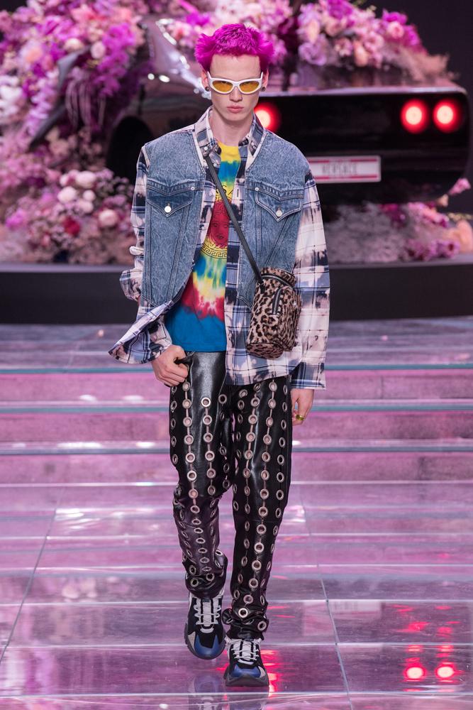 Le défilé Versace homme printemps-été 2020