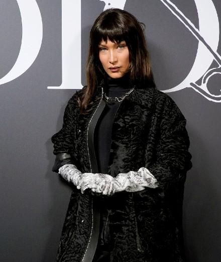 Bella Hadid et Robert Pattinson au premier rang du défilé Dior