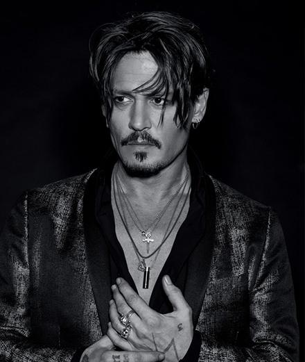 """""""On a voulu m'enfermer dans un certain type de rôle."""" Johnny Depp se confie à Numéro Homme"""