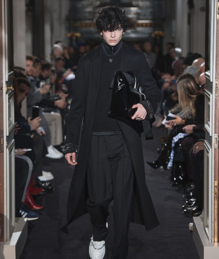 Valentino men fall-winter 2018-2019 fashion show