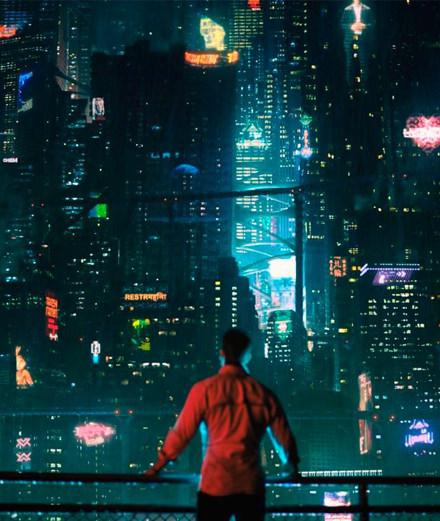 """Que nous réserve """"Altered Carbon"""" la nouvelle série futuriste de Netflix ?"""