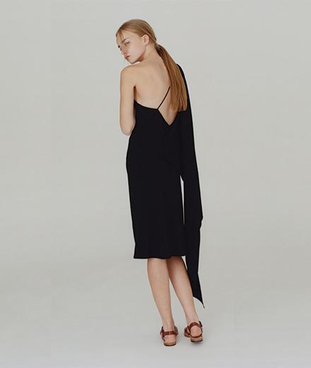 Les robes de soirée par A.P.C.