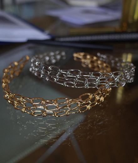 Annelise Michelson imagine une collection de bijoux pour Zadig et Voltaire