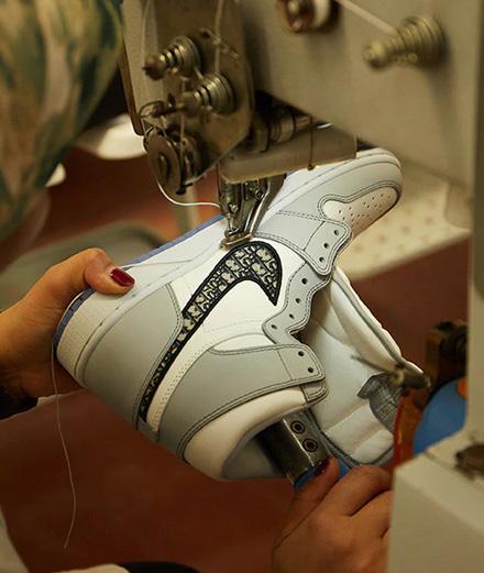Dior dévoile les coulisses de sa collaboration avec Air Jordan dans un documentaire inédit