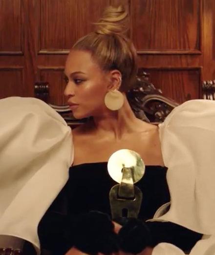 """""""Family Feud"""", le clip percutant de Jay-Z et Beyoncé"""