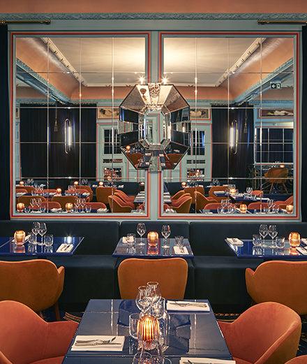 Le créateur Alexis Mabille et le chef Juan Arbelaez  ressuscitent le vieux Paris avec le restaurant Froufrou