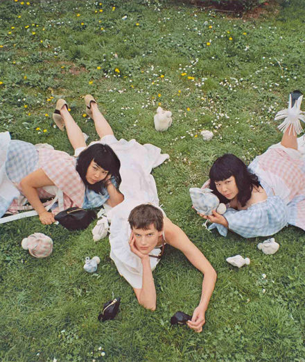 Qui est Fumiko Imano, la photographe qui a shooté Saskia de Brauw pour Loewe?