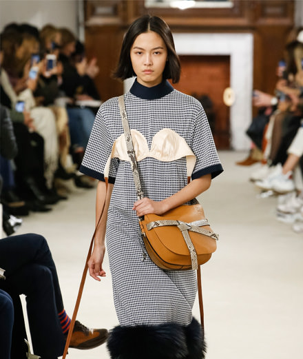 Loewe fall-winter 2018-2019 fashion show