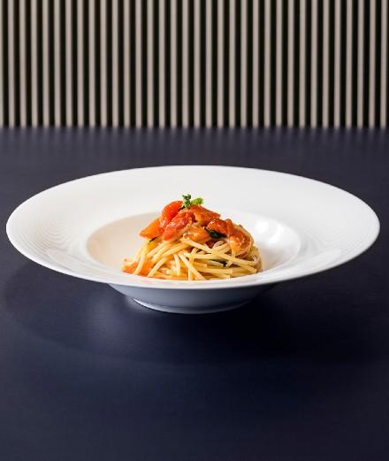 La recette des spaghetti pomodo d'Emporio Armani Caffè