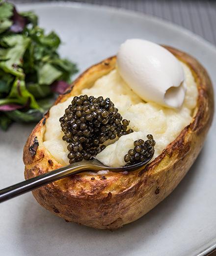 Astara, le restaurant qui démocratise le caviar