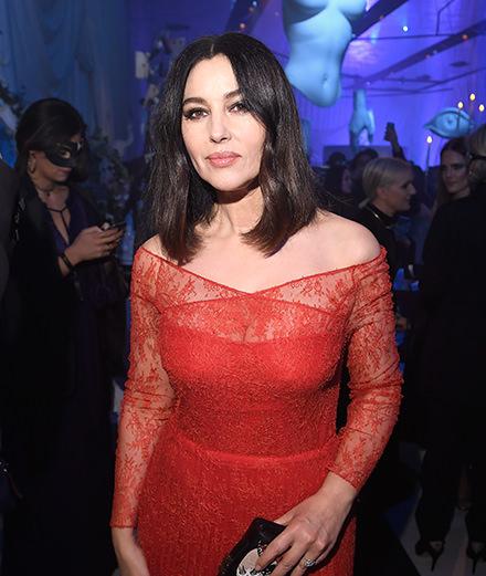Quelles étaient les personnalités présentes au Grand Bal Surréaliste Dior?